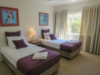 palm-cove-two-bedroom-apartment-100