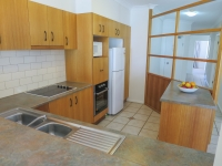 palm-cove-two-bedroom-apartment-110
