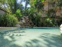 palm-cove-two-bedroom-apartment-124