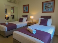 palm-cove-two-bedroom-apartment-5