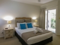 palm-cove-two-bedroom-apartment-1