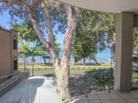 palm-cove-two-bedroom-apartment-113