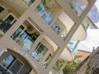 palm-cove-two-bedroom-apartment-15