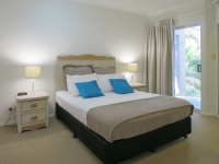 palm-cove-two-bedroom-apartment-101