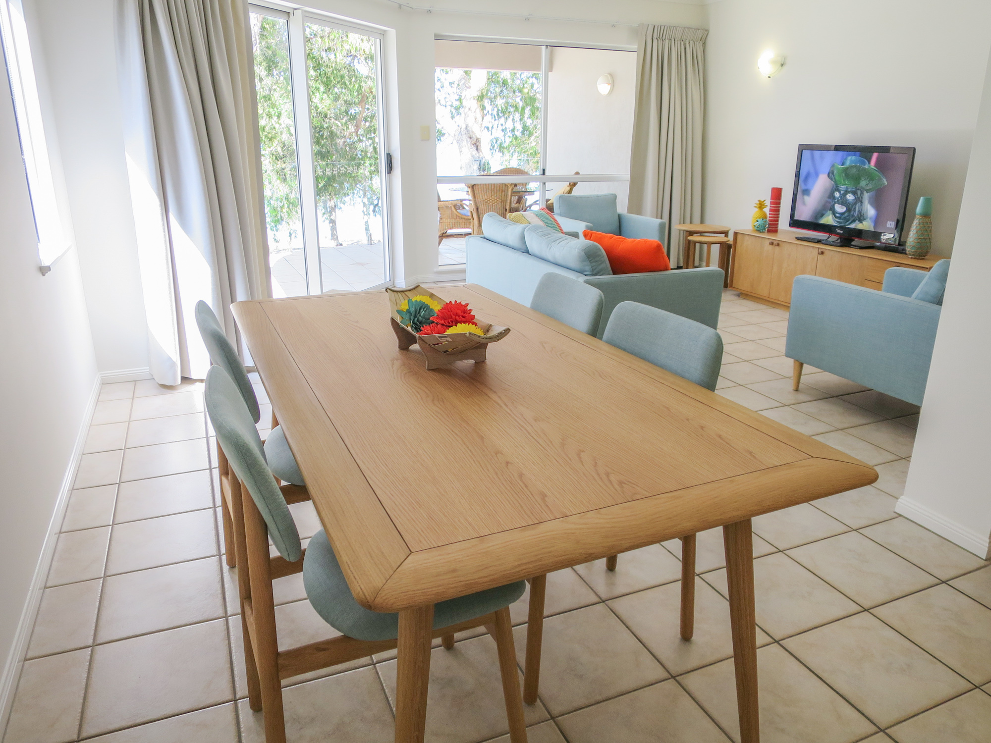 palm-cove-two-bedroom-apartment-111