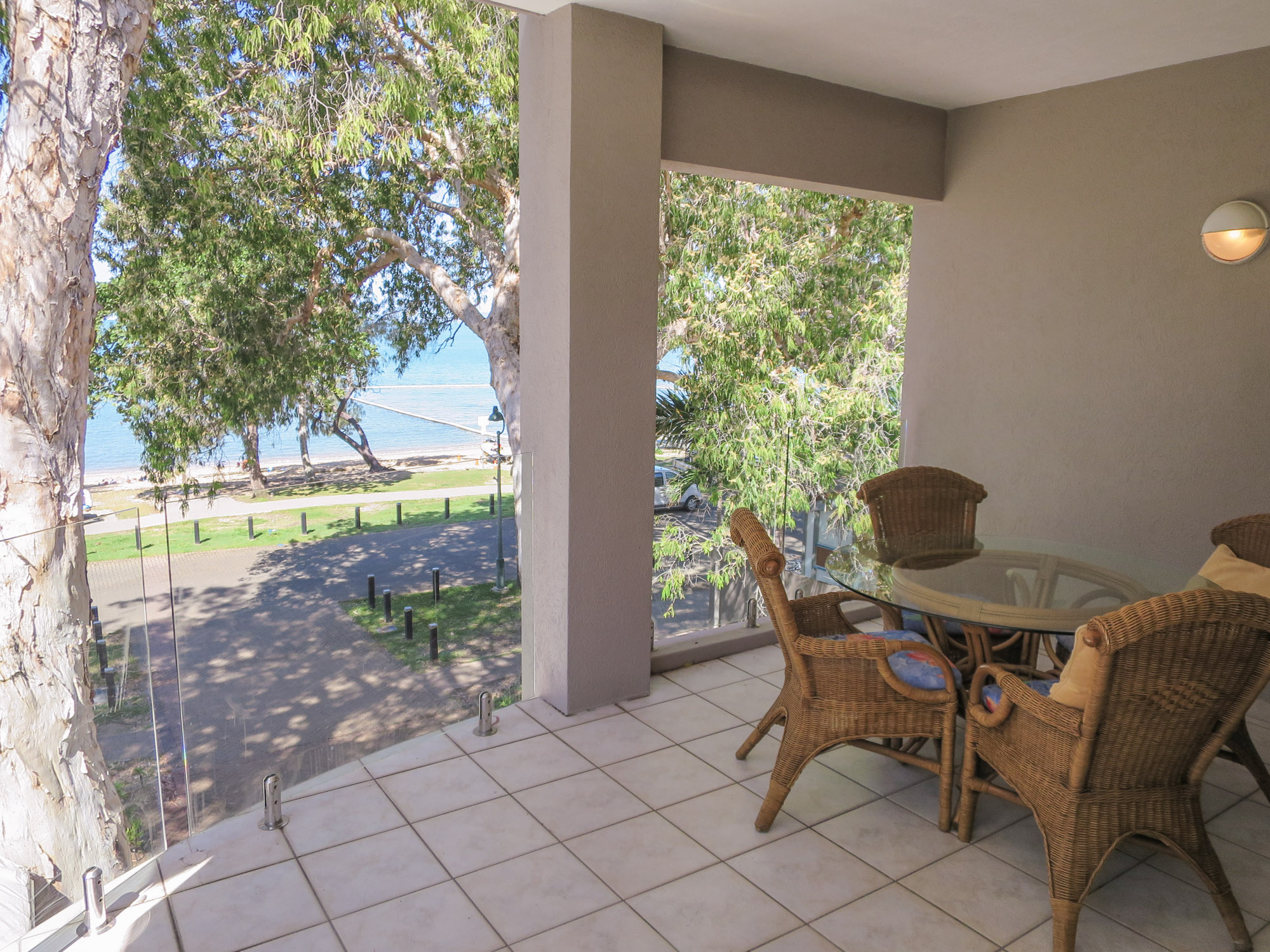 palm-cove-two-bedroom-apartment-112